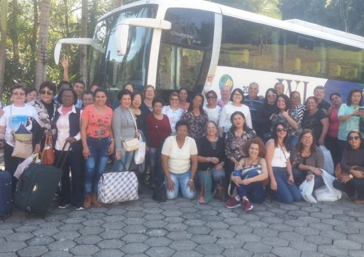 Peregrinos da cidade de Registro/SP visitam a terra de Santa Paulina